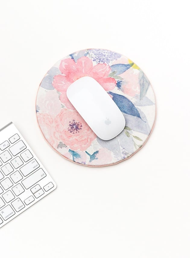 DIY Chic Mouse Pad