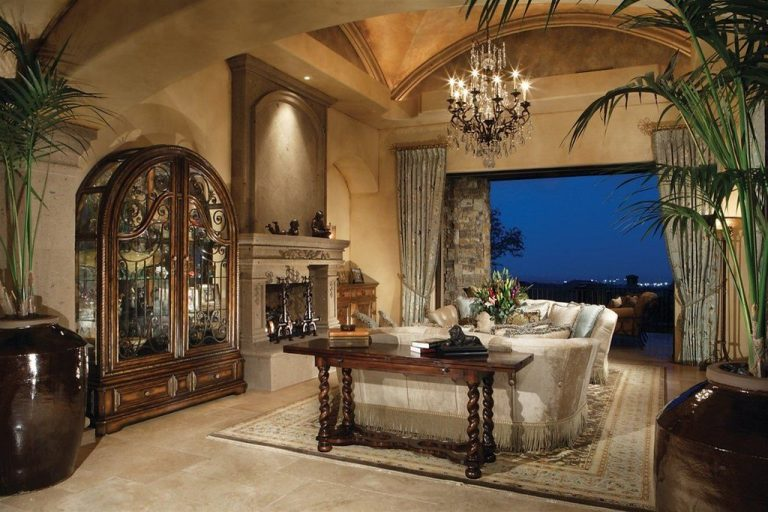Authentic Mansion Living Rooms