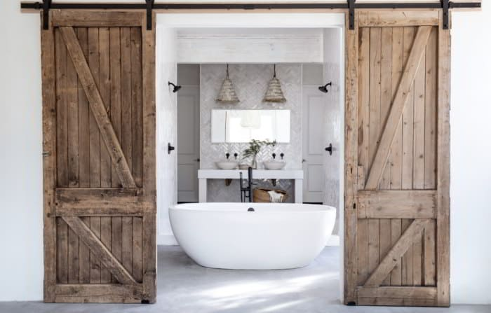 Barn Door Farmhouse Bathroom Decor Ideas