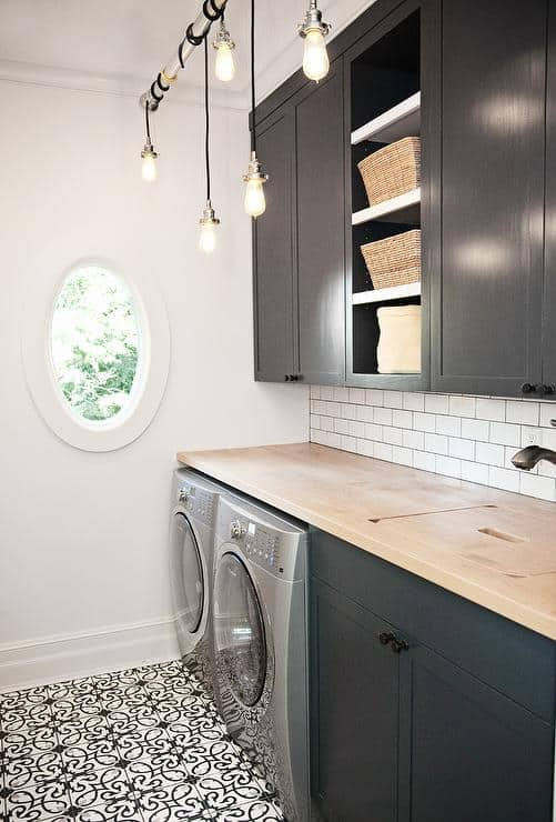 Black and White Laundry Room Paint Colors
