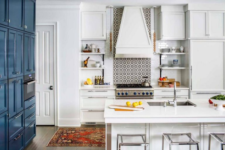 Bold Kitchens Backsplashes