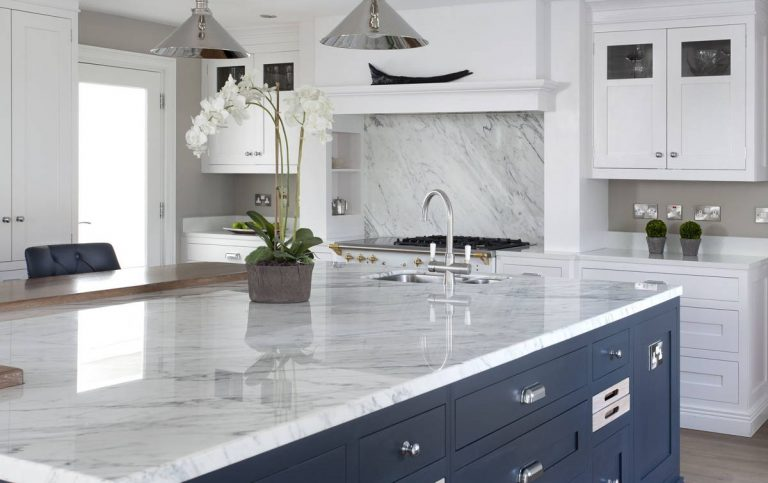 Calacatta marble worktop in classic painted kitchen