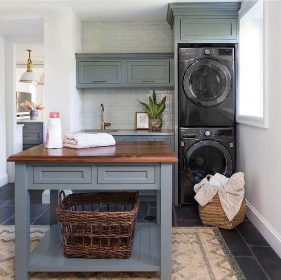 Classic Traditional Laundry Room Ideas