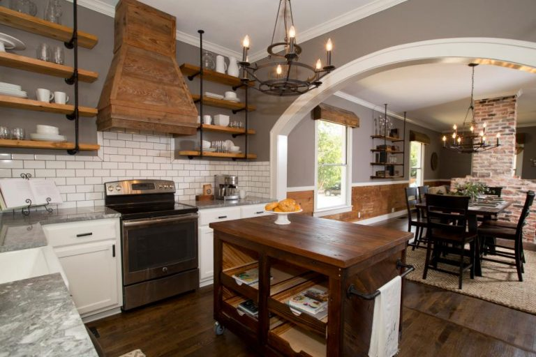 Connected Industrial Kitchen Ideas