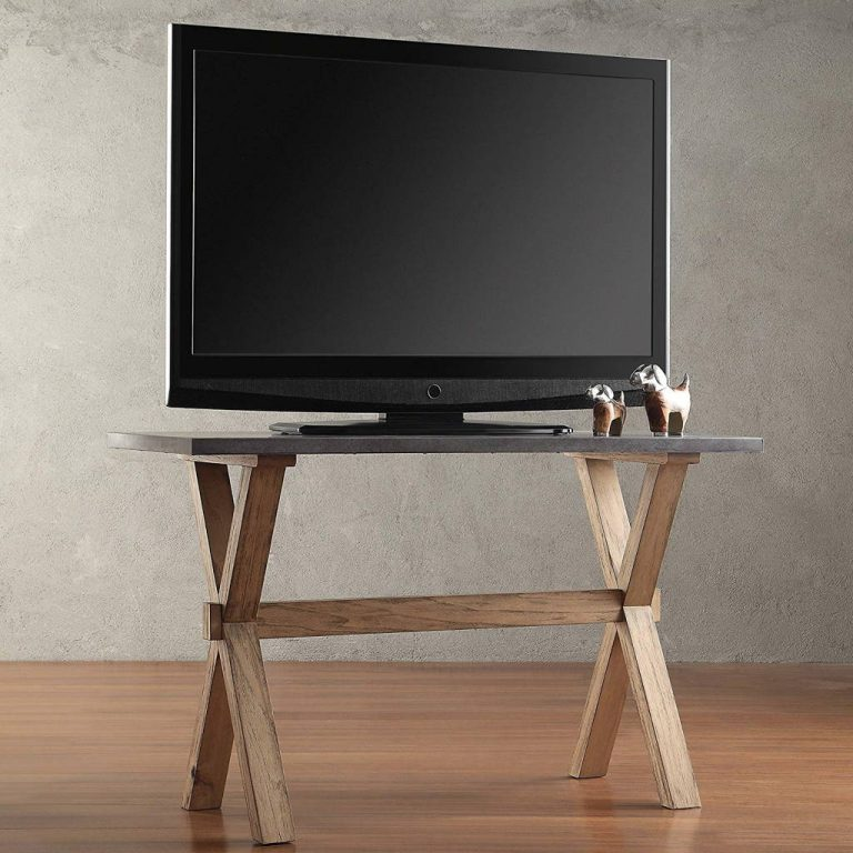 Country Style Rustic Oak TV Stand