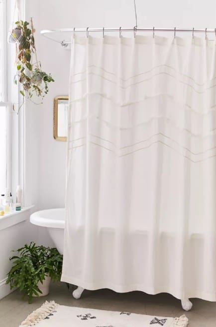 Curtain Shower Farmhouse Bathroom Decor Ideas