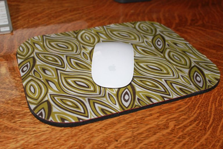 DIY Charming Mouse Pad