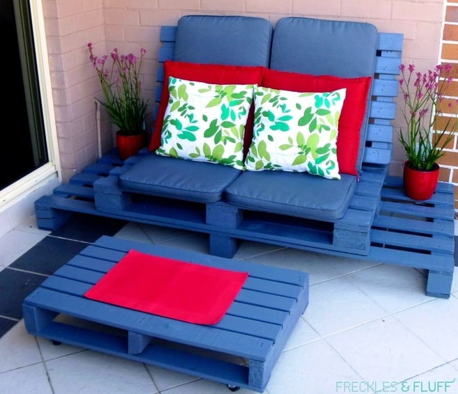 DIY Chillout Couch
