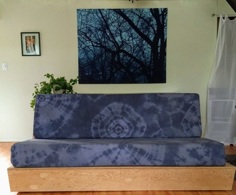 DIY Couch Tie-Dyed Cover
