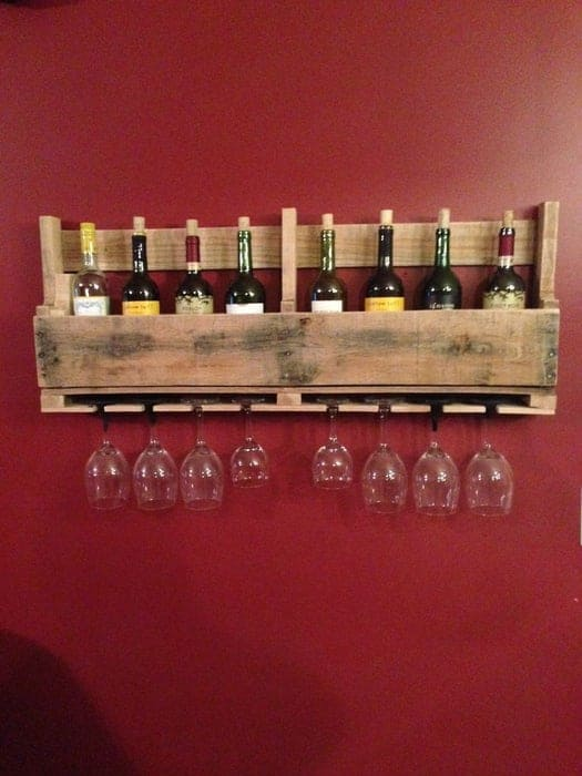 DIY Floating Pallet Wine Rack