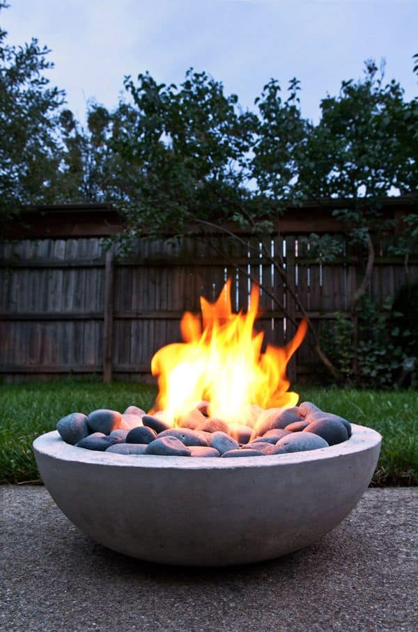 DIY Inexpensive Concrete Fire Pit