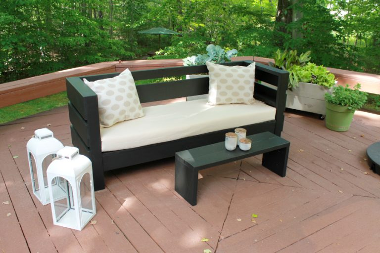 DIY Modern Outdoor Couch