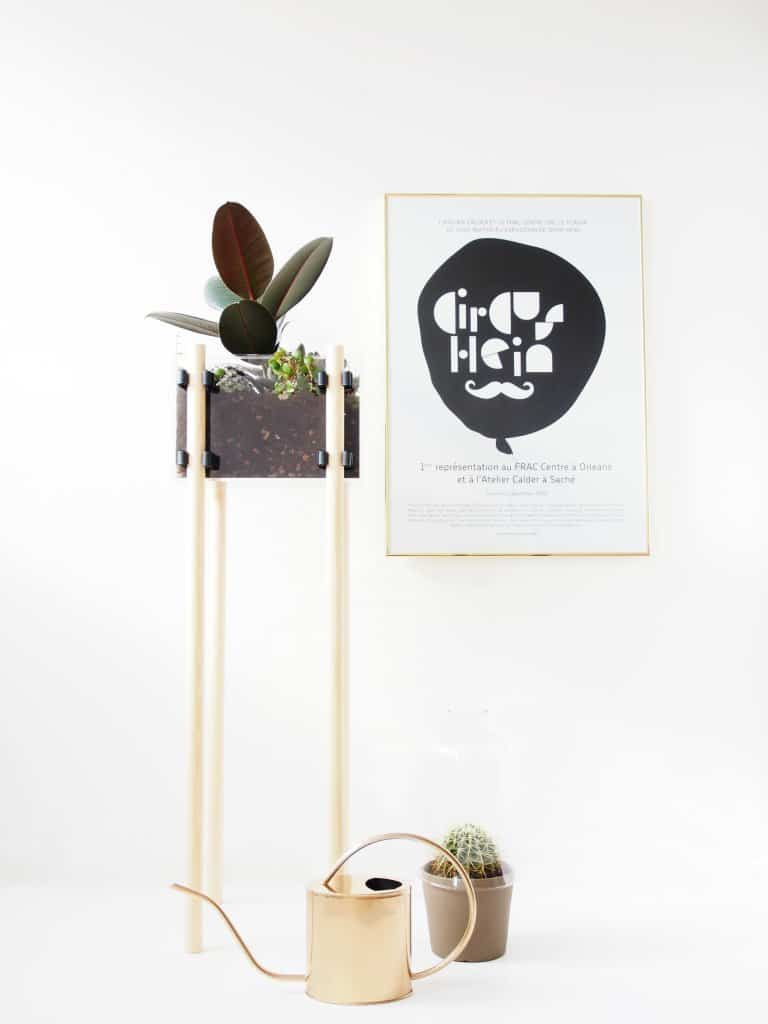DIY Plant Stand for Acrylic