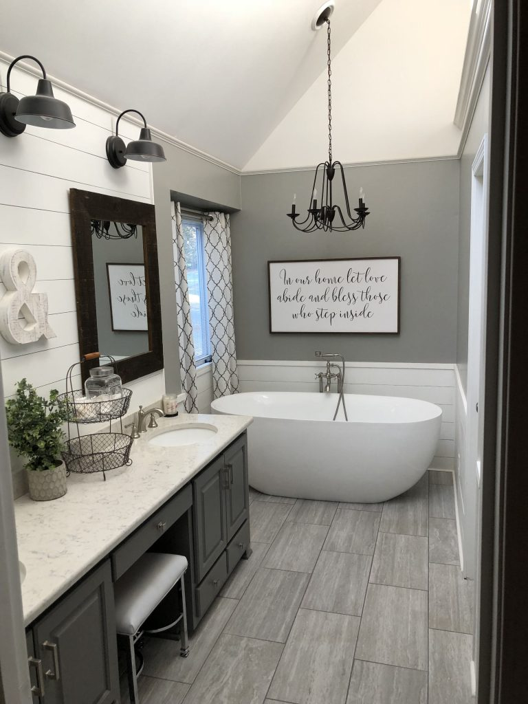 DIY Quote Wall Art Over the Bathtub