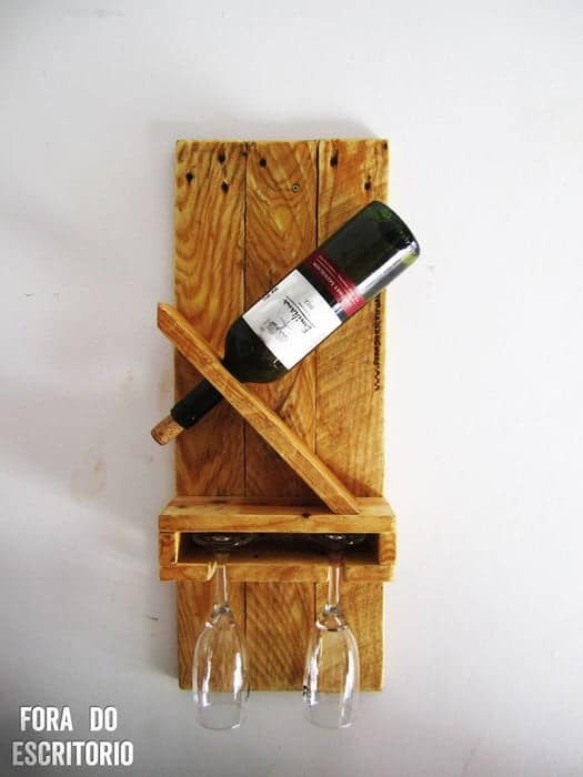 DIY Simple Wine Rack