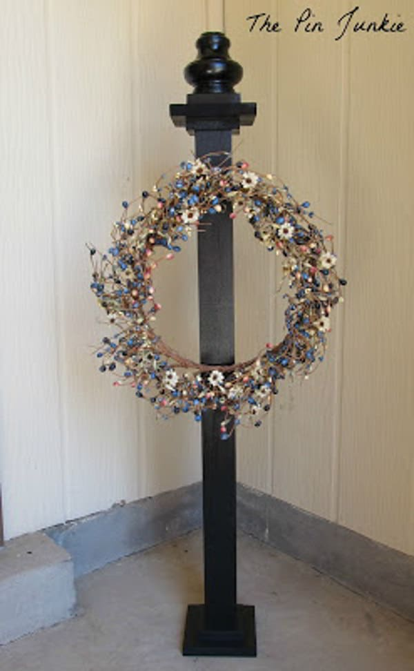 DIY Wooden Wreath Stand