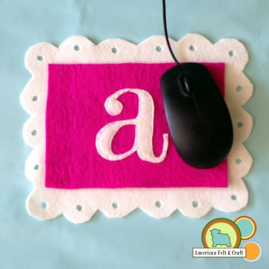 DIY Wool Felt Mouse Pad