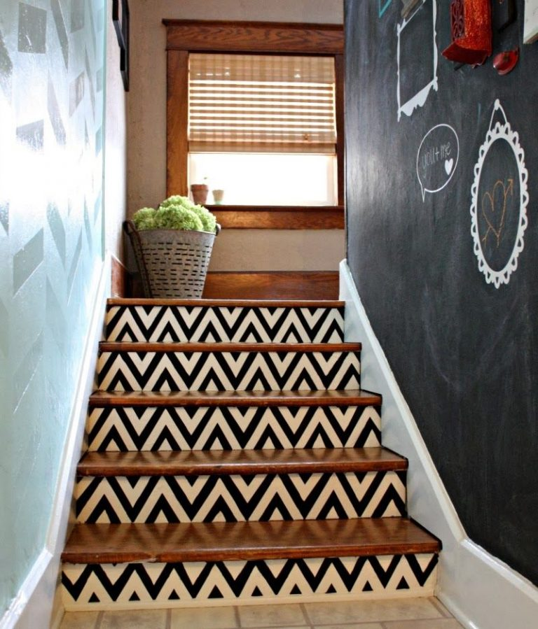 Painted Stairs Ideas - Elegant Black and White Chevron Stairs