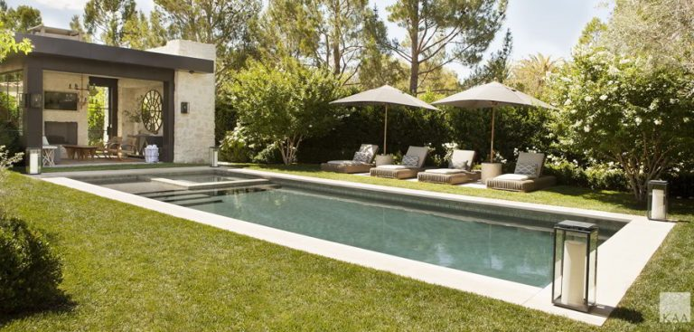 Elegant Pool Cabana Ideas