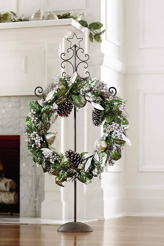 Fancy Metal Wreath Stand