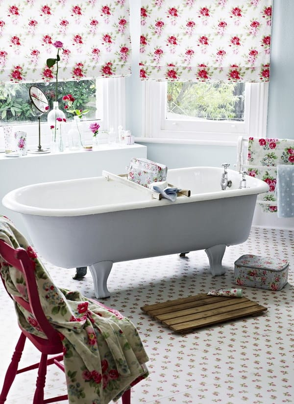 Feminine Shabby Chic Bathroom