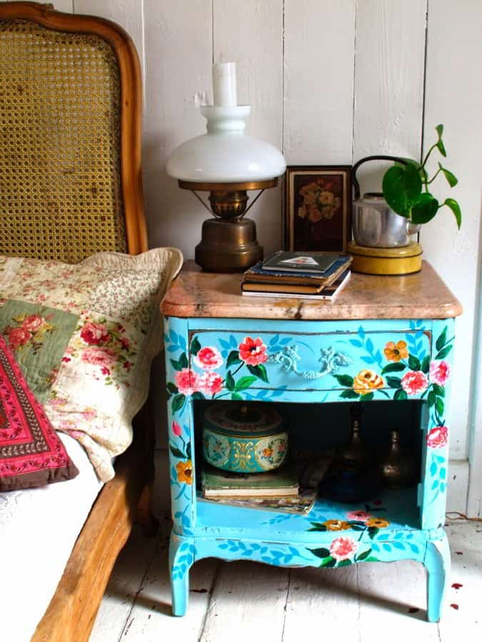 Floral Small Nightstand Ideas