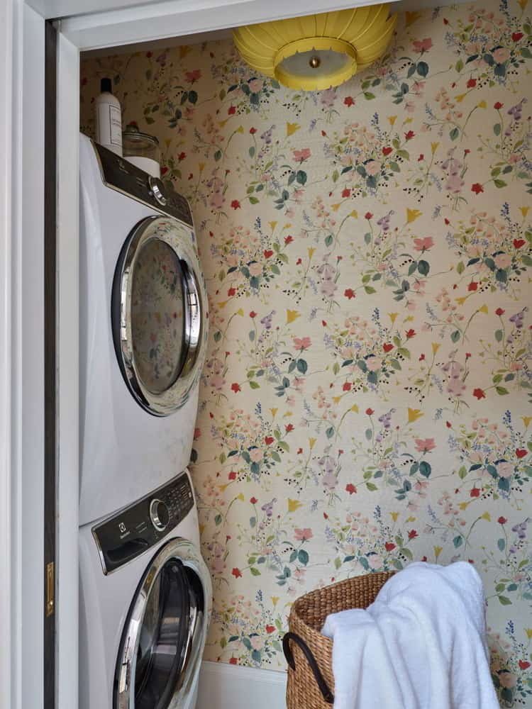 Floral Wallpaper Laundry Room Ideas