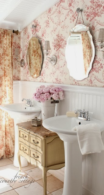 Floral Wallpaper Shabby Chic Bathroom