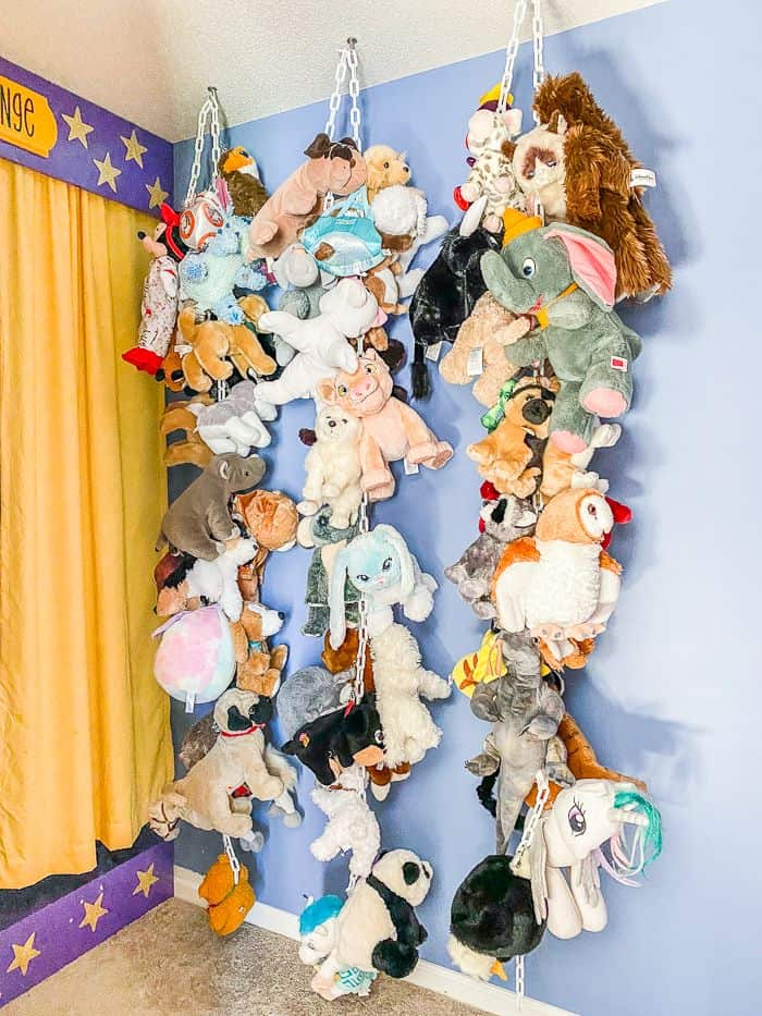 DIY Hanging Chain Stuffed Animal Storage