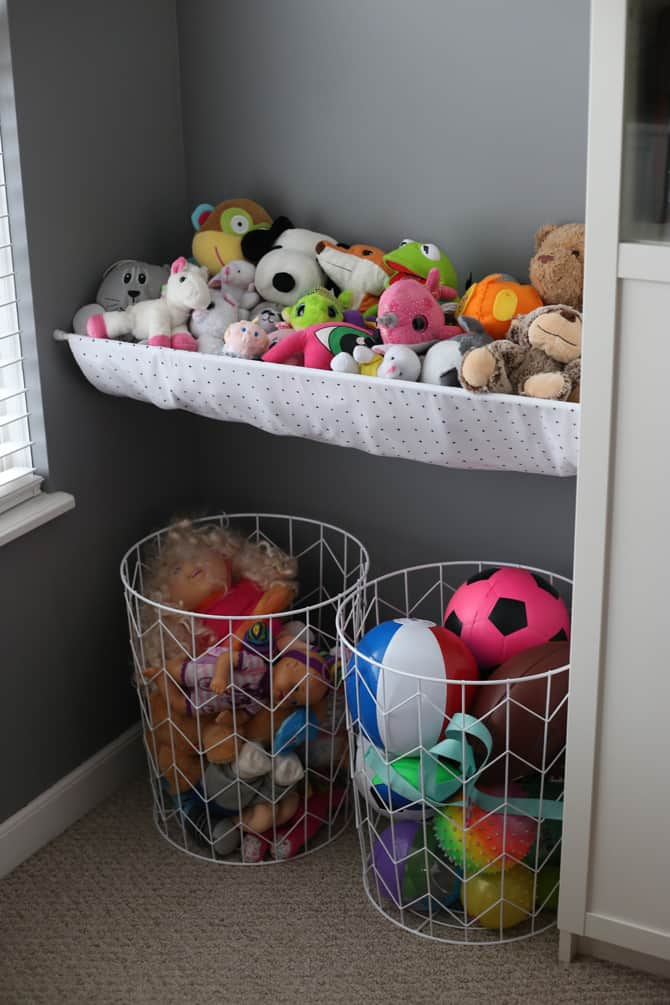 Hanging Stuffed Animal And the Wire Baskets Storage