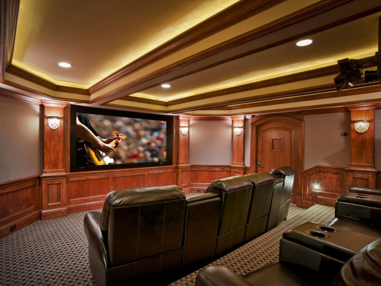 Glam Home Theater Rec Room