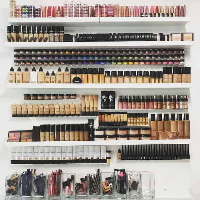 Large Makeup Storage Ideas