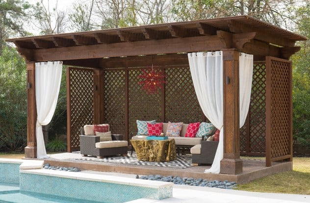 Lattice Wall Pool Cabana Ideas