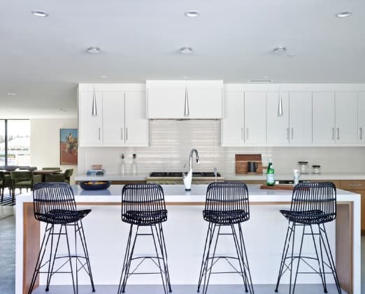 Mid Century Modern Kitchen: Beautiful in White
