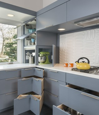 Mid Century Modern Kitchen With Smart Storage