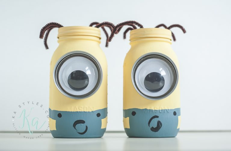 DIY Minion Coin Bank