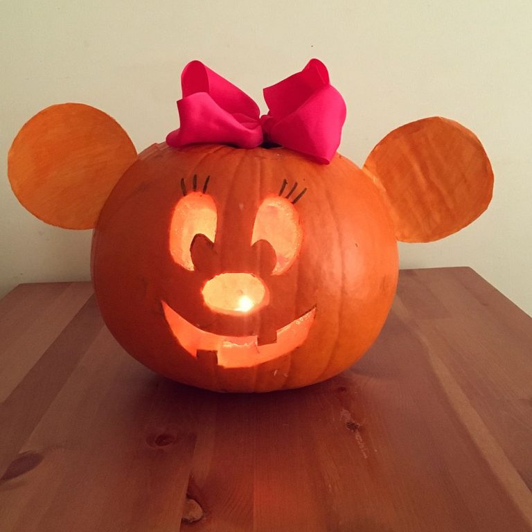 Minnie Mouse Carving Pumpkin Ideas