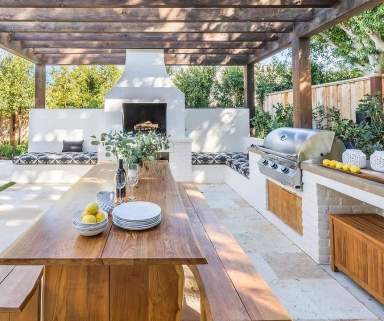 Outdoor Kitchen Fire Pit