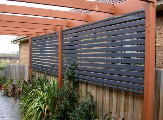 Outdoor Privacy Screen for Windows
