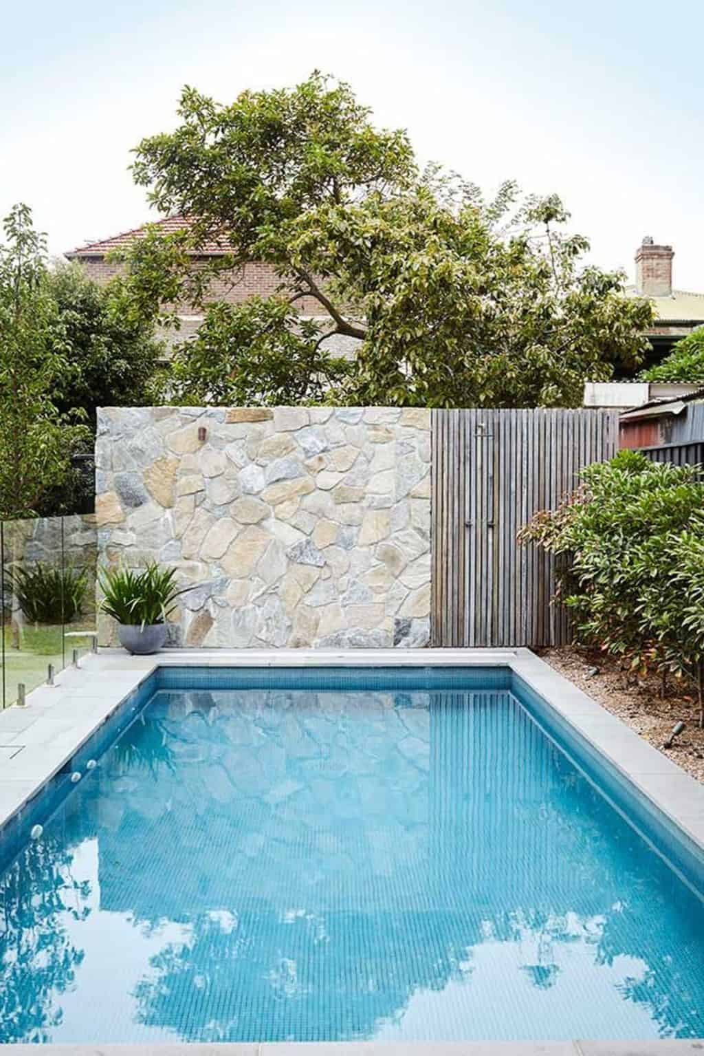 Outdoor Privacy Screens for Pool