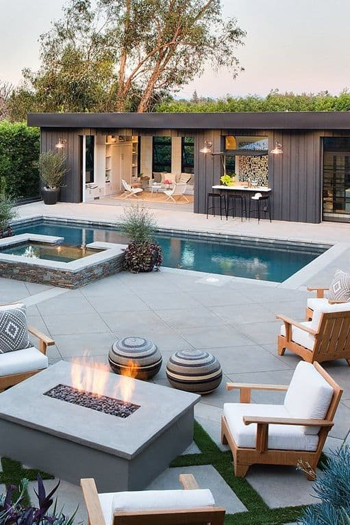 Poolhouse Fire Pit
