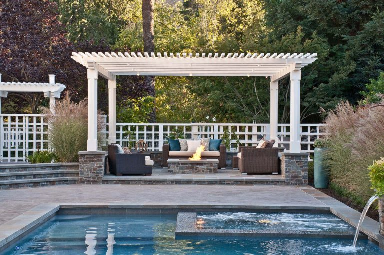 Poolside Fire Pit Ideas