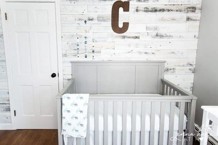 Reclaimed Wood Accent Ideas