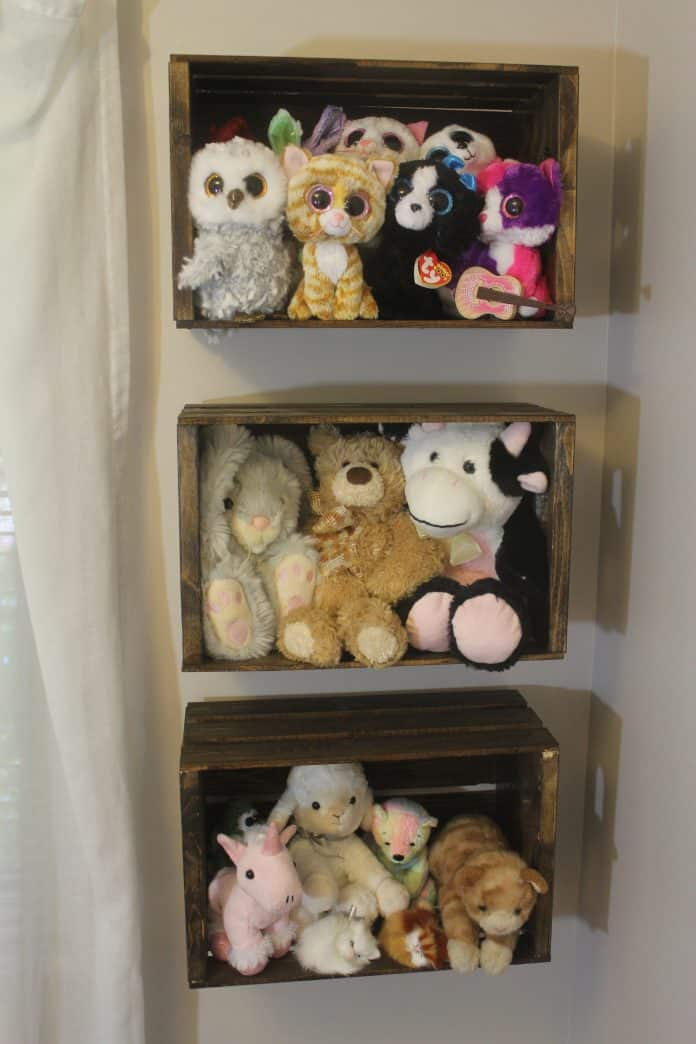 DIY Rustic Stuffed Animal Storage
