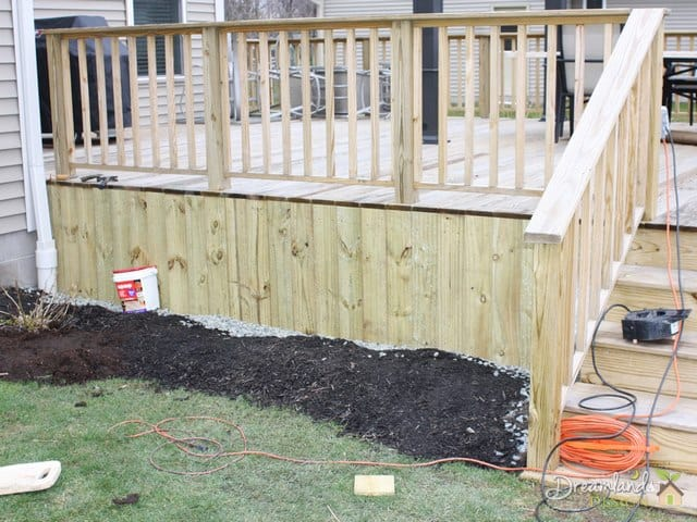 Simple DIY Deck Skirting Ideas