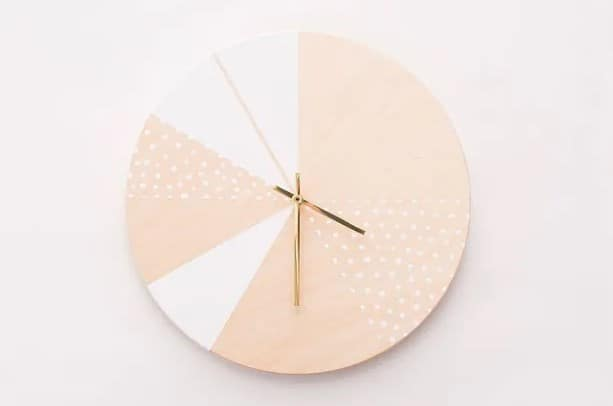 Simple DIY Hand Painted Wall Clock