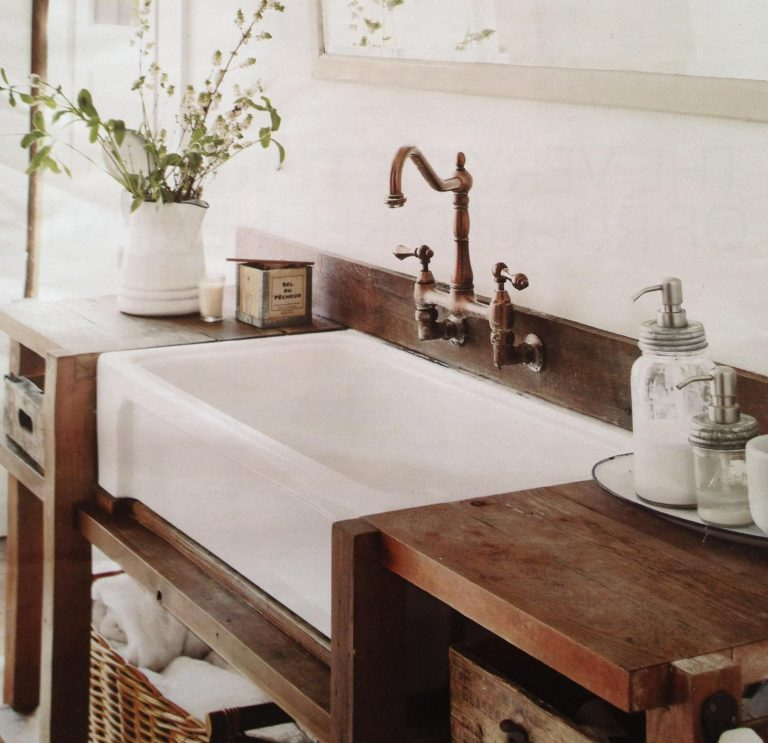 Simple yet Classy Farmhouse Sink