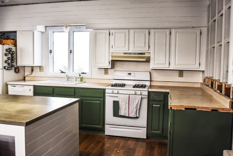Simple Green Kitchen Cabinet