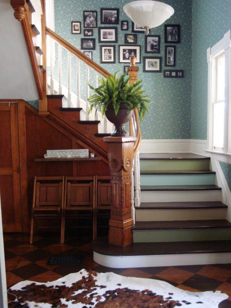 Painted Staircase Ideas - Simple Multicolored Hues