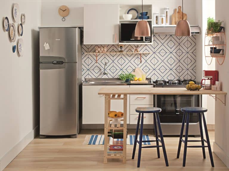 Small Kitchen Ideas With Pine Woods